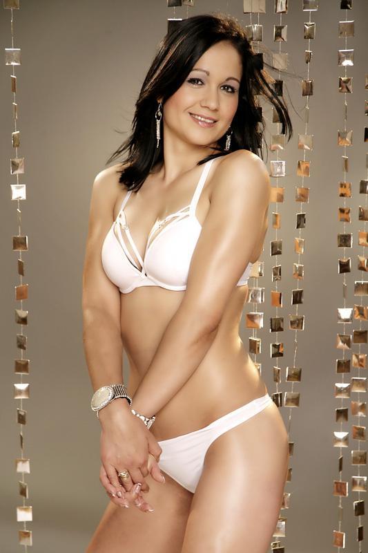 Picture 01 of Soraya